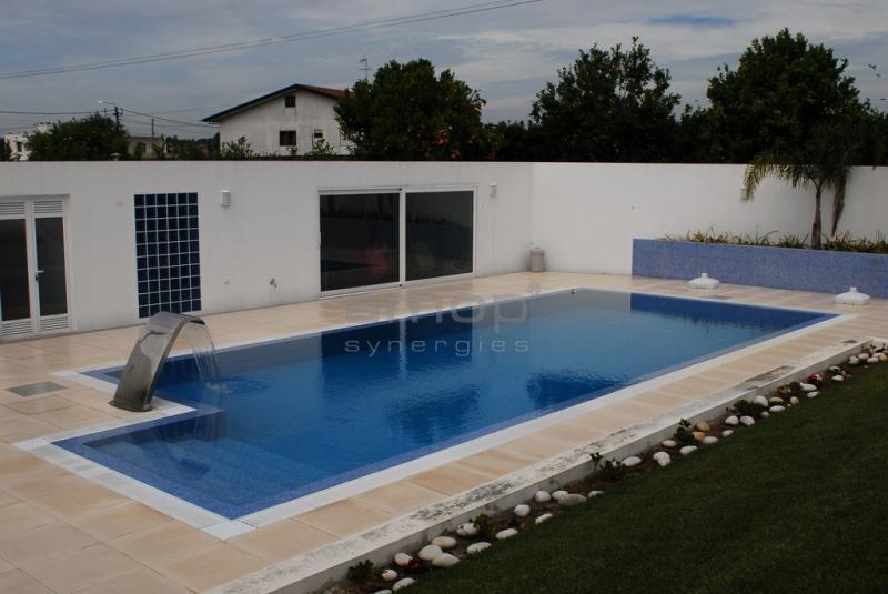 Amop pavings pavimentos de exteriores mosaicos - Pavimentos para piscinas exteriores ...